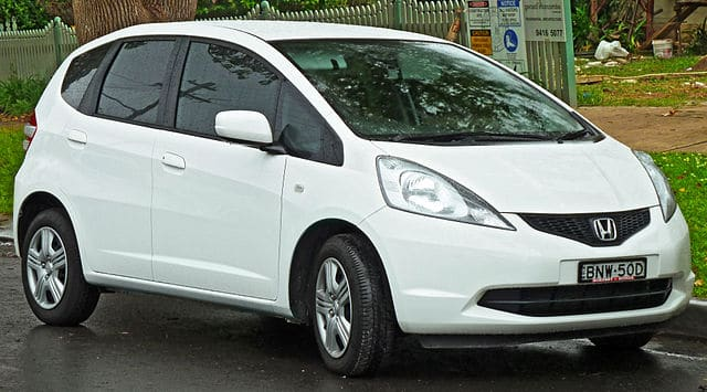2009 White Honda Fit - Jazz