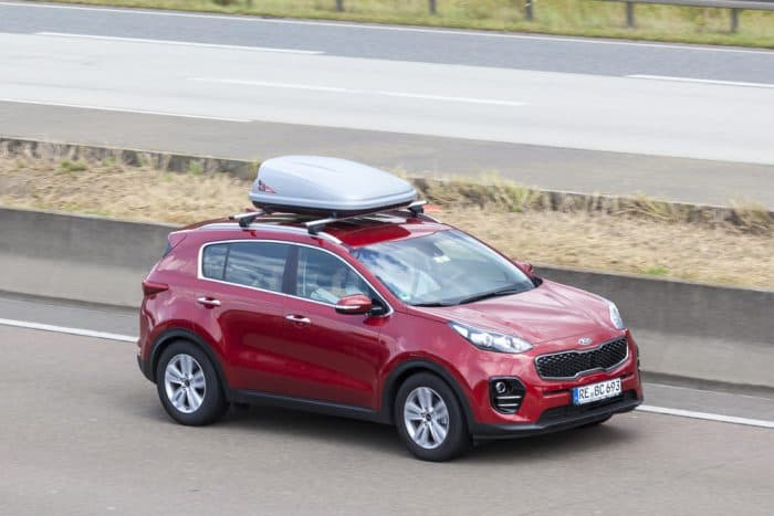 red kia sportage