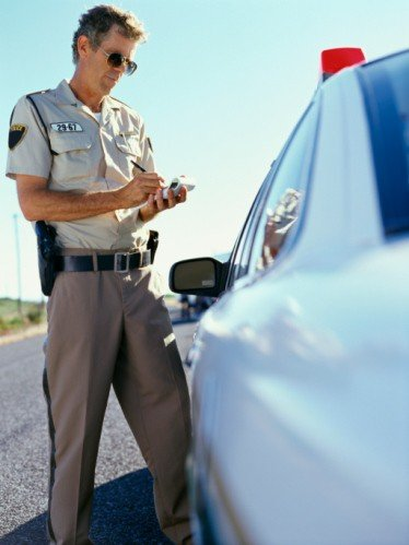 cell phone while driving laws