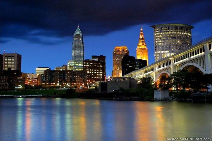 cleveland ohio at night
