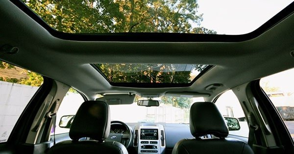 SUVs with panoramic sunroof