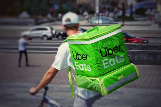 uber eats delivery boy