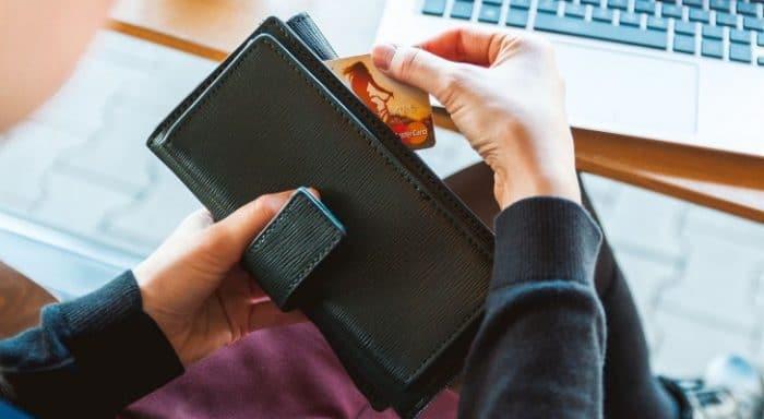 College student saving money on car insurance